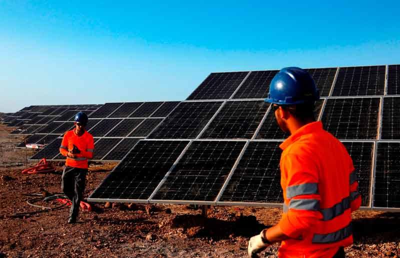 En funcionamiento la mayor planta fotovoltaica de Europa en Núñez de Balboa