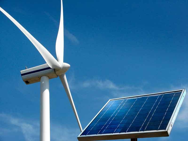 Suecia y España ofrecen los precios más baratos en eólica y solar