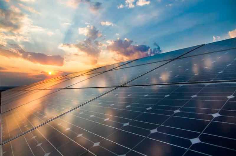 Casas ecológicas de lujo estrenan paneles solares de grafeno